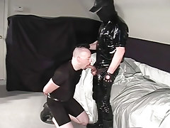 Cocksucking bear rob gets sperm on his neatly trimmed goatee in 2 video