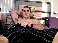 Best Straight Friends Share Mutual Masturbation - Kelly Cooper & Ian Madrox
