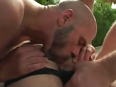 Bear twink licks hairy males ass outdoor