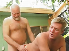 Hairy father drills poor dilf in doggy style