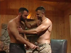 Muscle hairy gay seduces fella in house hunting
