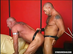 Hairy gay drills old man in doggy style